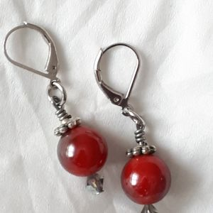 🧚♀️ 4 for $15🧚♀️ Black/Red Mirror Earrings